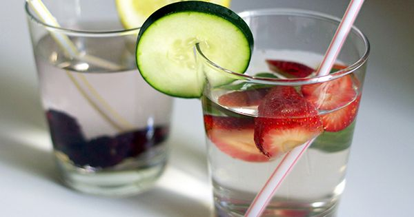 10 Tips for Drinking All that Water after Bariatric Surgery… glug glug
