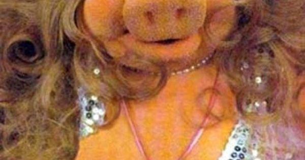 Nip Slip by Miss Piggy!!!   Fun & Humor   Pinterest ...