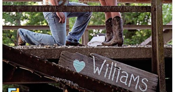 Engagement Pictures, country engagement pictures. Nevada MO... Love these ideas not just