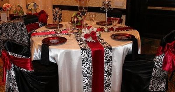 Manhattan Wedding at Glasshouses Runners Table runners and Wedding