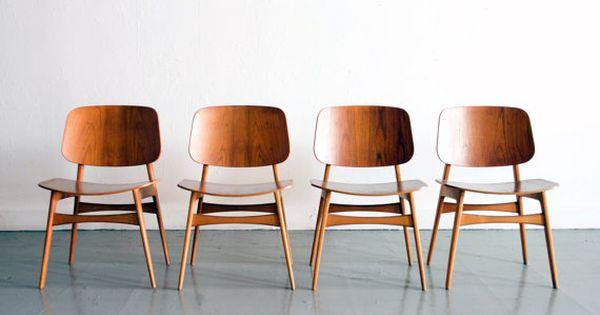 Dining chairs by Danish furniture designer Børge Mogensen.