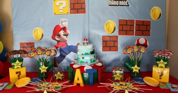 super mario birthday party dessert table 1