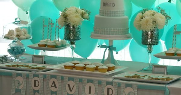Balloon backdrop!! Baby shower ideas