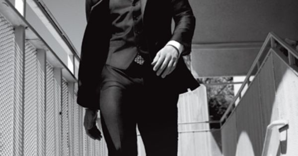 JGL rockin a perfect black three-piece suit from CK. Joseph Gordon-Levitt GQ