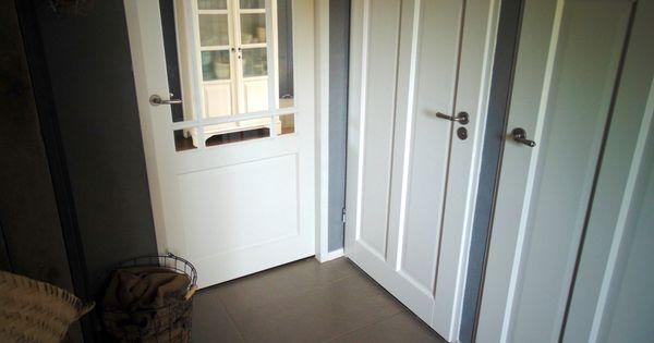 Nieuwe deuren in de hal interieur interior stoer for Interieur ideeen hal