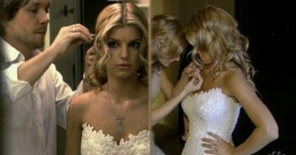 Pin By Chloe Jacobs On My Dream Weeding In 2020 Jessica Simpson Wedding Dress Jessica Simpson Wedding Celebrity Wedding Dresses