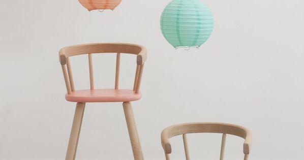 when pictures inspired me 120 chaise enfant pastel et petite chaise en bois. Black Bedroom Furniture Sets. Home Design Ideas