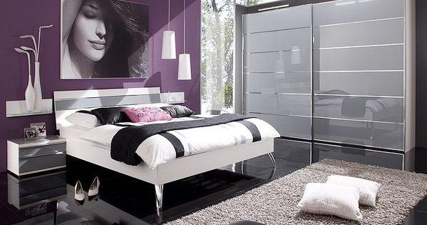 Chambre a coucher gris et mauve future chambre for Chambre a coucher mauve
