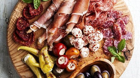 Id e de planche pour l 39 ap ro aperitifs pinterest ap ro planches et gressin - Idee pour l apero ...