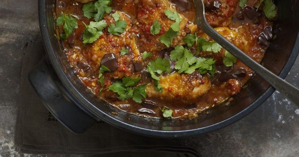 venezuelan chocolate chicken chili---Preheat oven: 200°C / 400°F / gas mark 6.