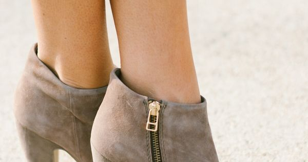Shoes♡ Heels The peep-toe bootie is a fun way to spice up