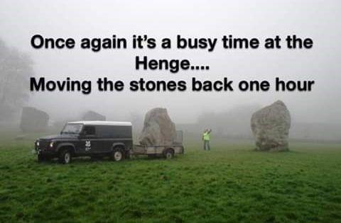 Daylight Savings Memes And Tweets To Waste More Time Daylight Savings Time Daylight Savings Time Humor Daylight Savings