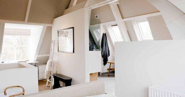 Ouderslaapkamer op zolder binnenkijken bij marieke wonen met spruiten pinterest - Glazen hoofdbord ...