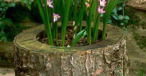 25 diy reclaimed wood projects for your homes outdoor for Diy tree stump projects