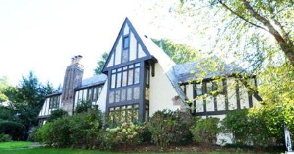 4 Laurel Avenue Mount Vernon Ny 10552 4401444 Houlihan Lawrence Real Estate International Real Estate Real Estate Search