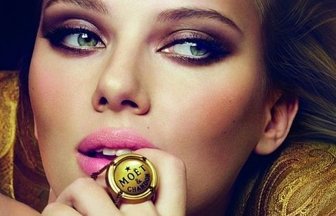 Scarlett Johansson myfashionlove mode attitude ScarlettJohansson www.myfashionlove.com