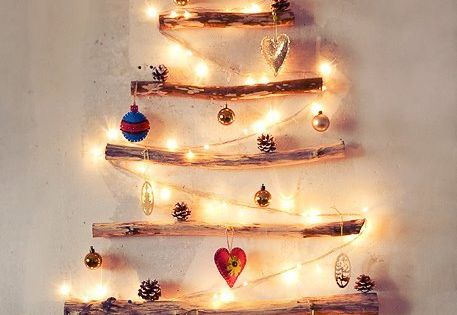 DIY Christmas Decor. Driftwood Christmas Tree. Great for a small home or