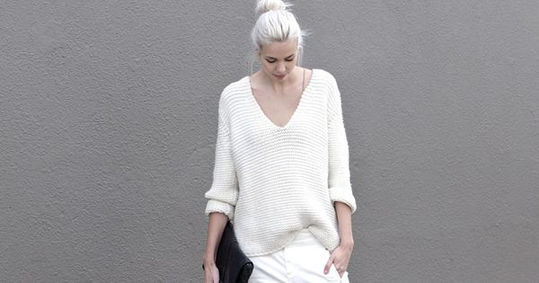 almost all white. Amsterdam. #ConnectedToFashion barefootstyling.com | See more about All White, Amsterdam and Minimal Chic.