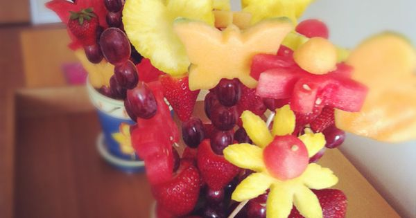 DIY fruit bouquets! Cookie cutters Skewers Flower pot Grapes Strawberries Cantaloupe Watermelon