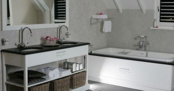 Mooi landelijk badkamer meubel met landelijk inbouwbad vanheck badkamers serie sanitaire de - Badkamer retro chic ...