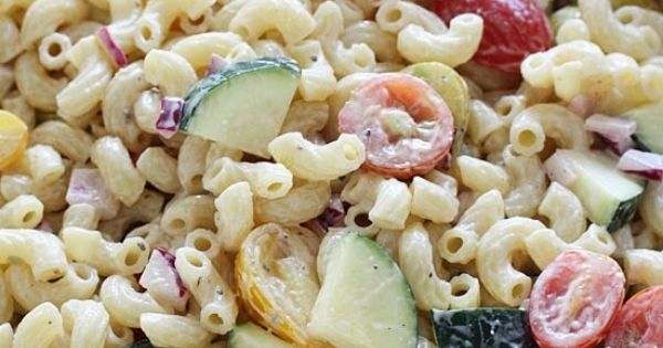 Summer Macaroni Salad with Tomatoes and Zucchini | Skinnytaste (My ...