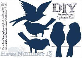 Haus Nummer 13 Diy Kommt Ein Vogel Geflogen Fensterdeko Fur Den Fruhling Freebie Basteln Fruhling Fensterdeko Fliegende Vogel Diy Ostern