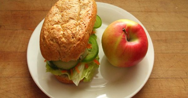 Green Apple, Red Onion, Avocado And Red Pepper Salad Recipe ...