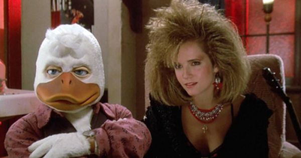 Howard The Duck Horrible Movie But Look At The Hair On Lea Thompson A Bit Over The Top But Perfectly Acceptable In The 80 Howard The Duck Duck Duck Costumes