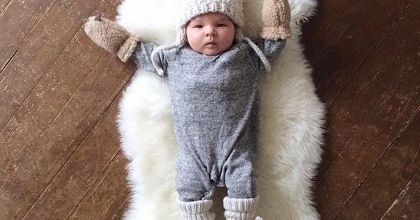 Cute winter newborn photo for birth announcement - little baby bear!