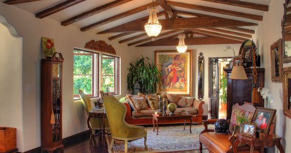 Casas estilo espa ol 1920 renovadas y renovadas for Casas coloniales interiores