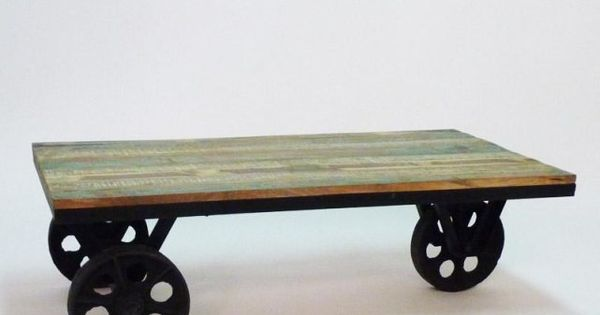 Table basse roulettes metal et bois colore made in meubles for Meuble 120x60