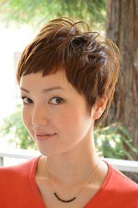 40代髪型カタログ ショートヘアスタイルで 5歳若く見える ヘア