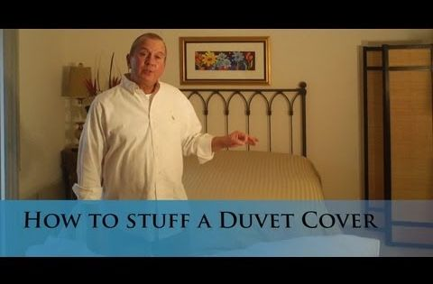 Putting A Duvet Cover On A Down Comforter The Right Side Up Stick In Duvet One Corner To Top And Yank About Duvet Covers Quality Duvet Covers Down Comforter