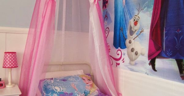 Restyle Relove: A New Bed and DIY Bed Canopy for my Frozen