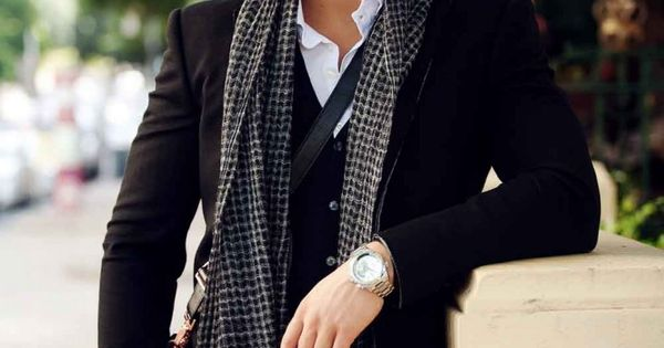 """Color pallet """"Nice blazer. Dig the scarf and vest. Good contrast with"""