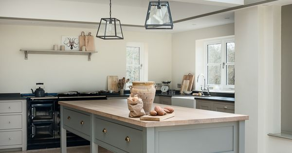 sussex kitchen designs the west sussex kitchen has a beautiful prep table painted 2623