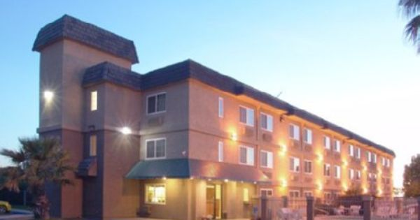 Hanford Ca Comfort Inn United States North America Ideally Located In The Prime Touristic Area Of Hanford Comfort Inn Promises A Hanford Budget Hotel Hotel
