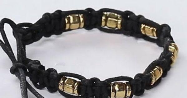 طريقة عمل أساور الخيوط تعلمي كيفية عمل اساور خرز بالخيوط بخطوات سهلة وسريعة طريقة عمل طريقة ت Mens Bracelet Bracelets Jewelry
