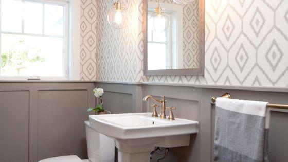 Jaimee Rose Interiors, 20 Best Farmhouse Bathrooms via A