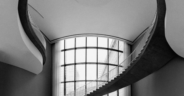 Art Deco: Chicago's Art Institute. @Deidré Wallace STAIRS ARTDECO DECO