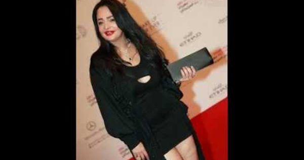 الفستان الذى ارتدته الفنانه بدرية احمد واغضب الإماراتيين Fashion Denim Jacket Denim