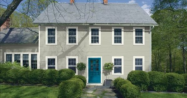 Look At The Paint Color Combination I Created With Benjamin Moore Via Benjamin Moo Exterior Paint Colors For House House Paint Exterior Exterior House Colors