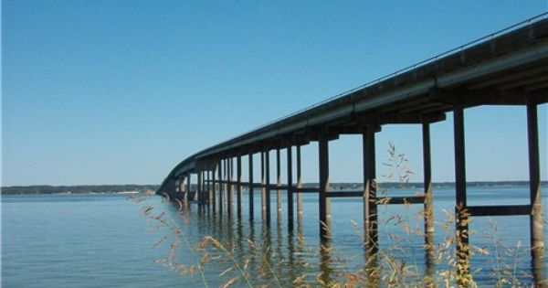 Bridge Over Beautiful Lake Livingston Beautiful Lakes Livingston Lake