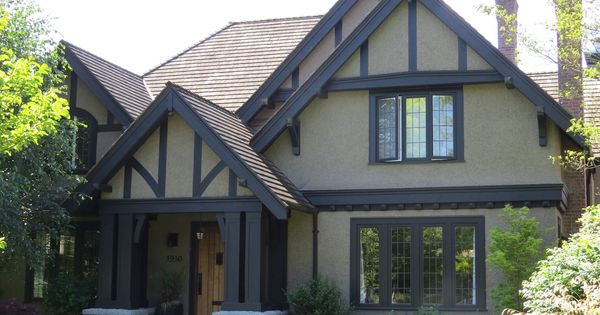 Tudor Rules How To Paint Your Tudor Revival Home Painting Contractors Tudor And Doors