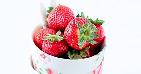 Strawberries and Photos on Pinterest