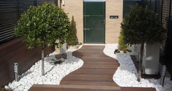 Decoraci n de jardines con piedras blancas para m s for Decoracion de jardines con piedras