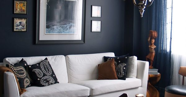 15 beautiful dark blue wall design ideas navy blue walls for Living room navy walls