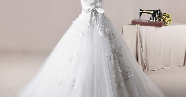 ball gown wedding dresses | Straps ball Gown net charming wedding dress