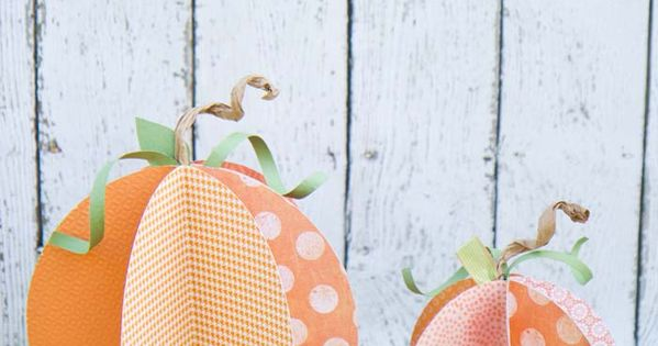 Halloween Paper Pumpkins Craft | Learn how to make these super cute