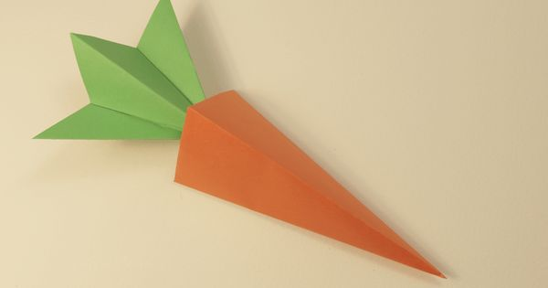 Origami Carrot Box Video Tutorial | Pyramid model, Origami ...